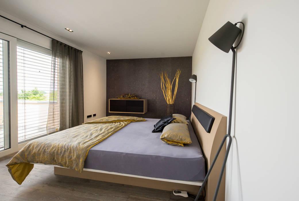 Repräsentative villa moderne schlafzimmer von träume - ideen ...
