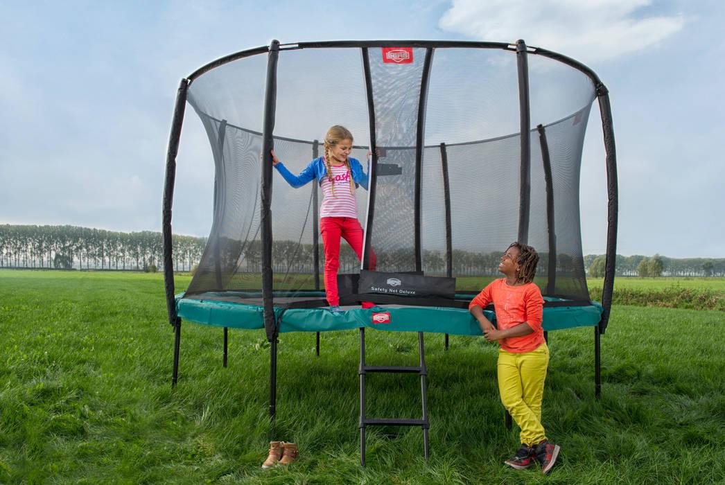 BERG Champion 270/330/380/430 + Safety Net Comfort Garten im Landhausstil von BERG Toys B.V. Landhaus Plastik
