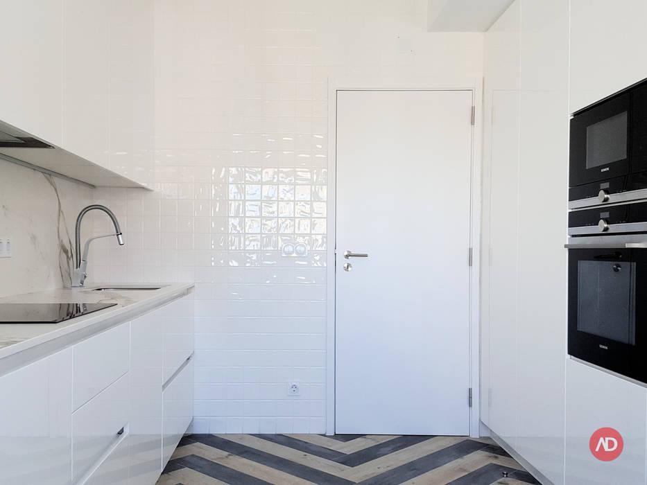 Remodelação Apartamento Cozinhas modernas por ARCHDESIGN LX Moderno