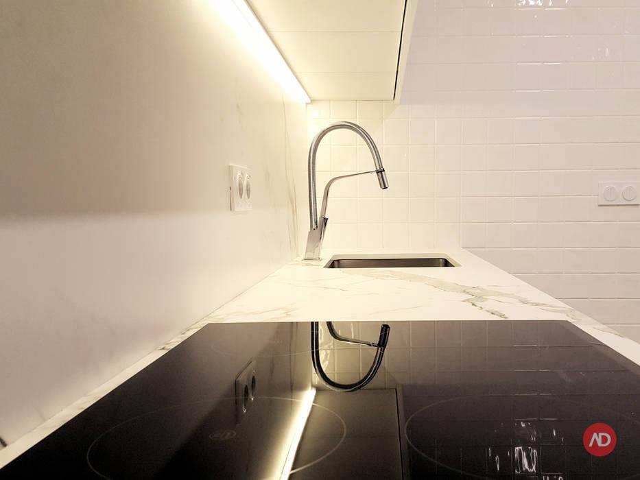 Remodelação Apartamento: Cozinhas  por ARCHDESIGN | LX