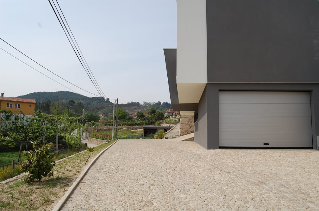 Moradia do Carril por Engebasto - Atividades de Engenharia e Arquitetura, Lda