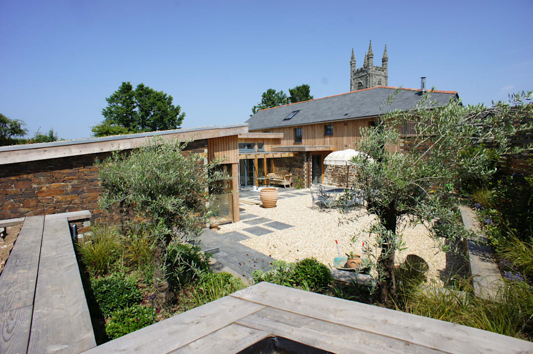 Renovation of Listed Building, Cornwall Taman Gaya Country Oleh Arco2 Architecture Ltd Country