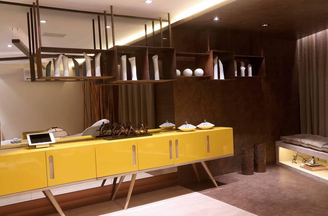 Andréa Spelzon Interiores Modern living room