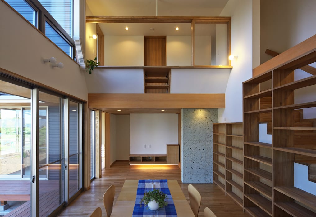 Eclectic style living room by かんばら設計室 Eclectic Stone