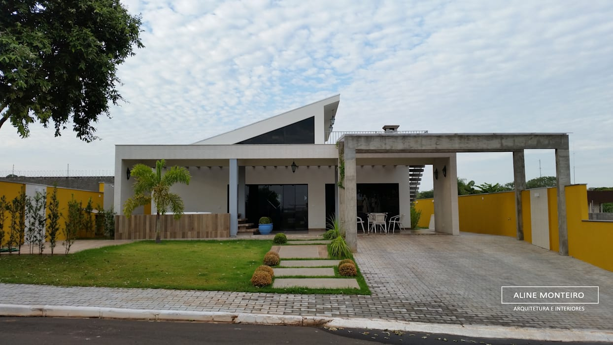 Houses by Aline Monteiro