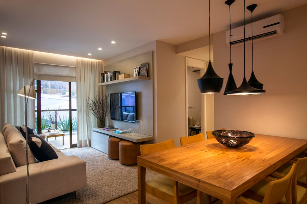 Apartamento decorado RJZ - Modern dining room by Gisele Taranto Arquitetura Modern