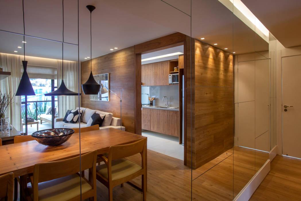 Apartamento decorado RJZ - Moderne Esszimmer von Gisele Taranto Arquitetura Modern