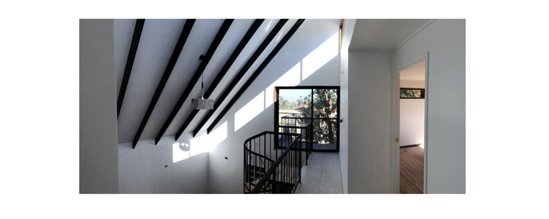 Herman Araya Arquitecto y constructor Moderner Balkon, Veranda & Terrasse