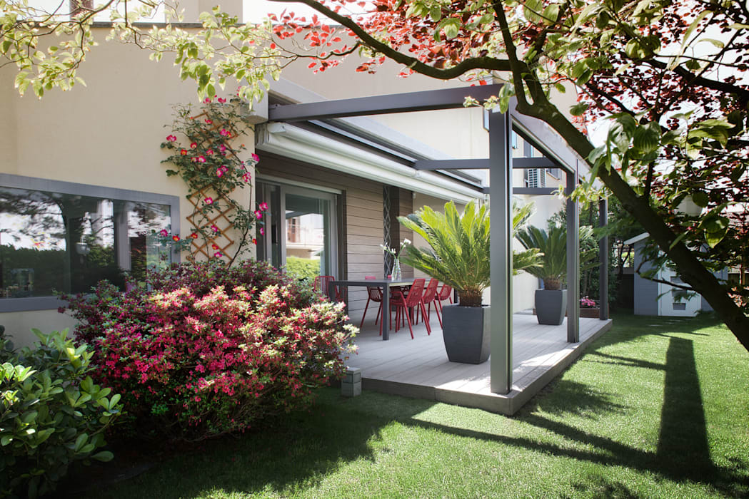 Terrasse de style  par EXiT architetti associati, Minimaliste