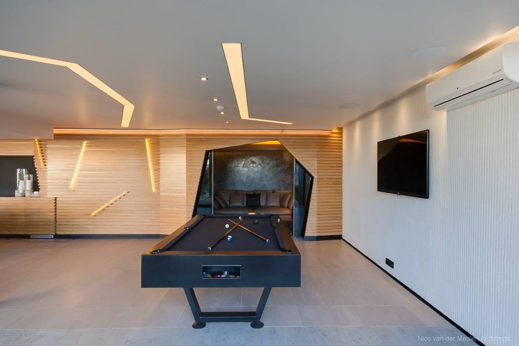 Dormitorios infantiles de estilo  de Nico Van Der Meulen Architects , Moderno