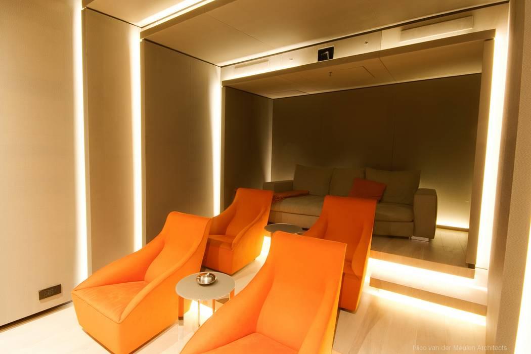 Salas multimedia de estilo  de Nico Van Der Meulen Architects , Moderno