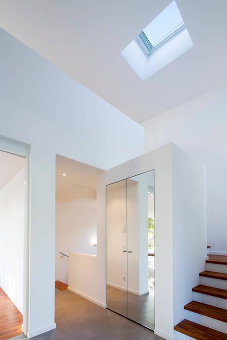 Haus F Moderne Fenster & Türen von WSM ARCHITEKTEN Modern