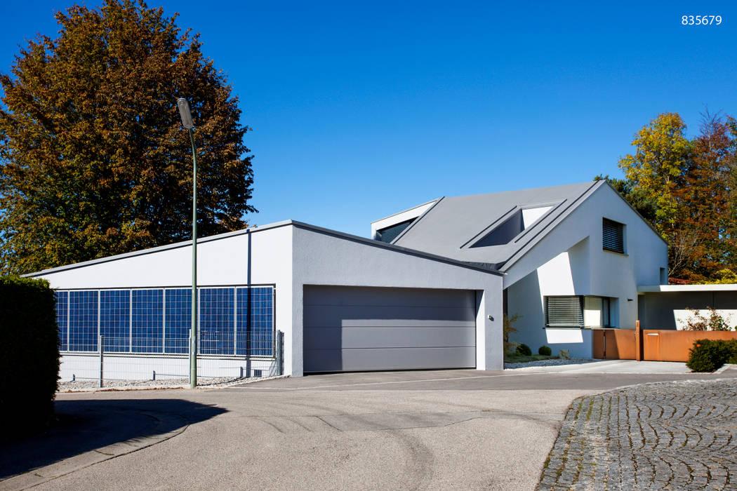Haus F WSM ARCHITEKTEN Moderne Garagen & Schuppen