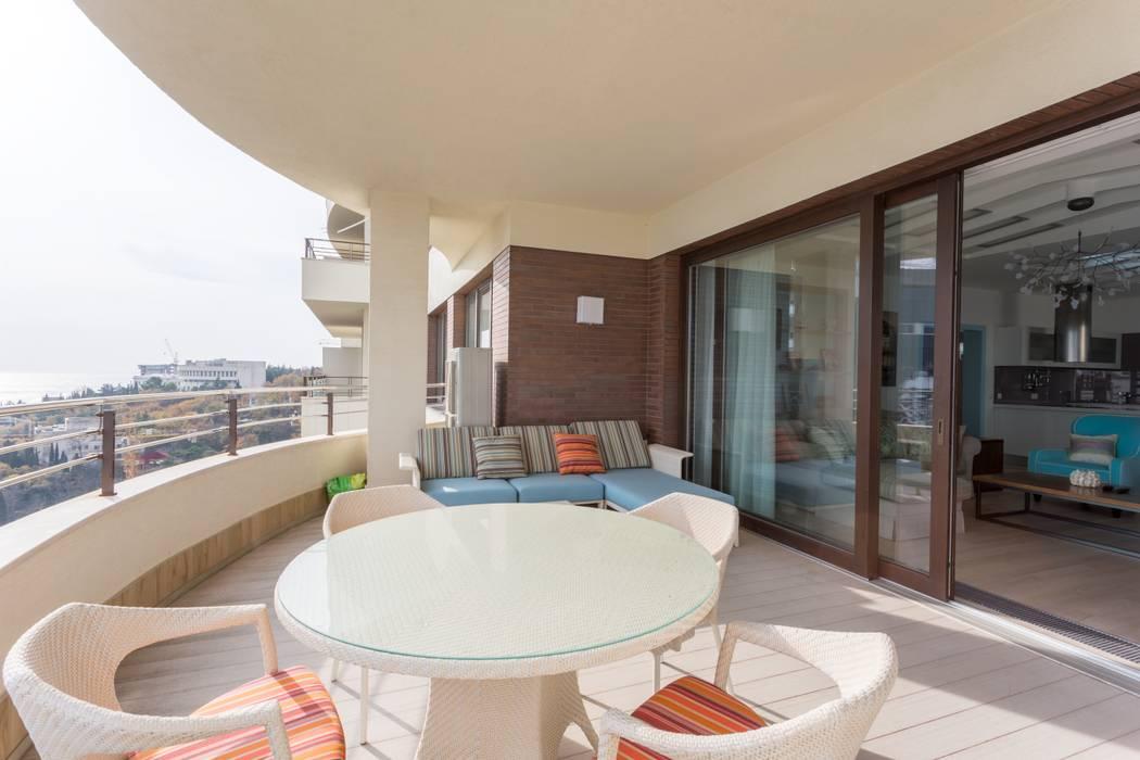 Bellarte interior studio Scandinavian style balcony, veranda & terrace