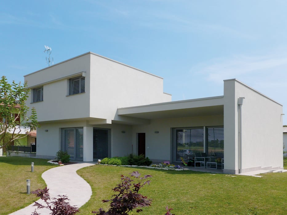 VILLA UNIFAMILIARE [CALVENZANO] www.marlegno.it - Progetto: Arch. Tura Case moderne di Marlegno Moderno