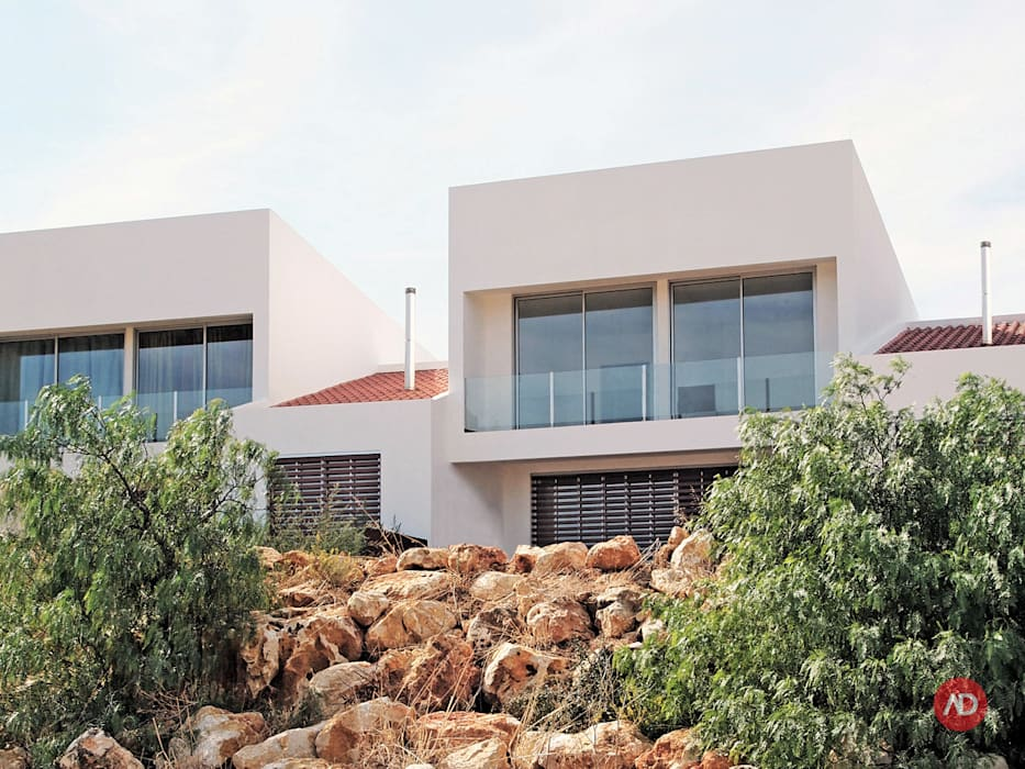 Moradias Unifamiliares Casas modernas por ARCHDESIGN | LX Moderno