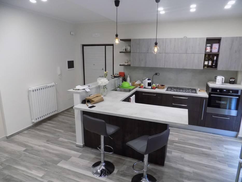 Nhà bếp theo Cucine e Design,