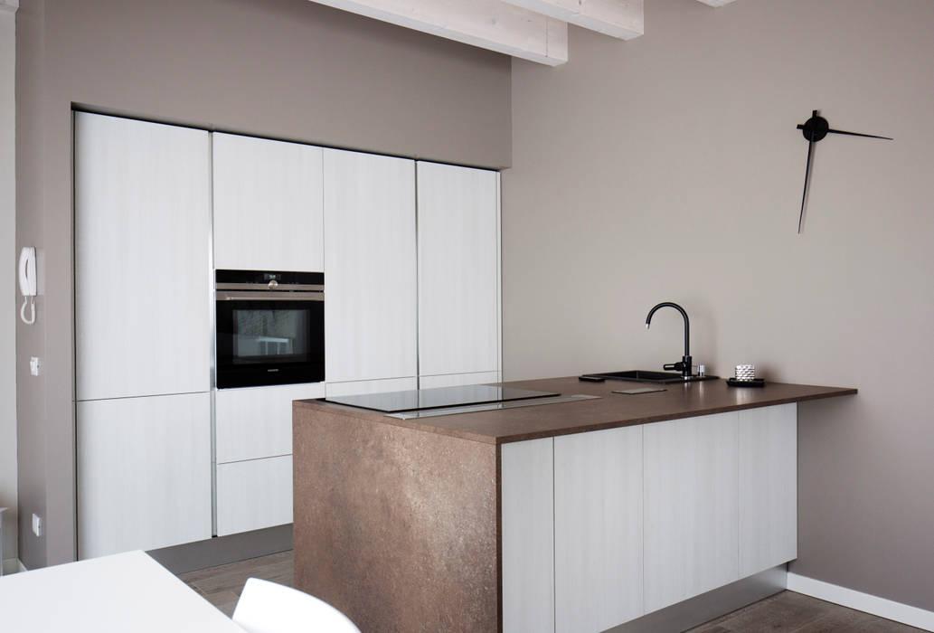 HP Interior srl KitchenStorage