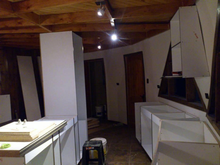 Decoración interior Cocinas de estilo moderno de Angélica Guzmán Moderno