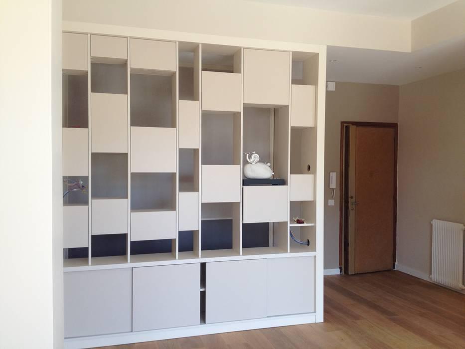 Appartement moderne Nice: Salon de style de style Moderne par Blue Interior Design