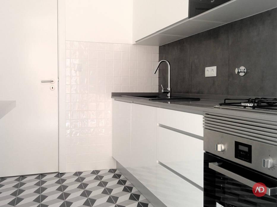 Remodelação Prédio Cozinhas modernas por ARCHDESIGN | LX Moderno