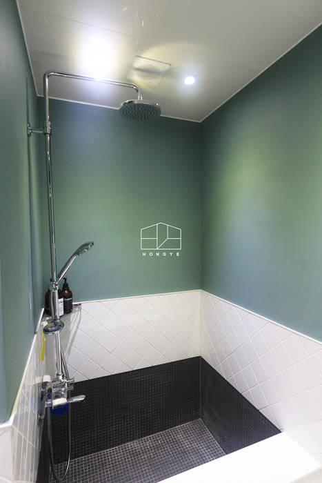 신도림 쌍용플래티넘시티 24py 아파트 인테리어_이사후 by 홍예디자인: 홍예디자인의  욕실,