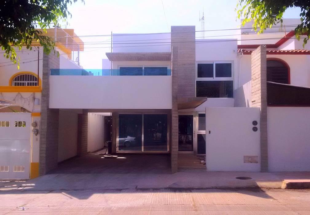 Casa HM1 T+E ARQUITECTOS Casas minimalistas Concreto Blanco