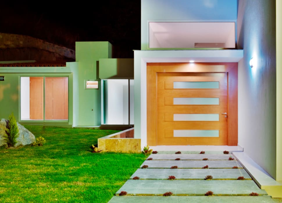 Houses by Excelencia en Diseño, Modern Wood Wood effect