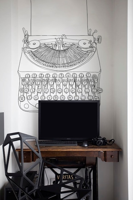 Ghostwriter Pixers Eclectic style study/office