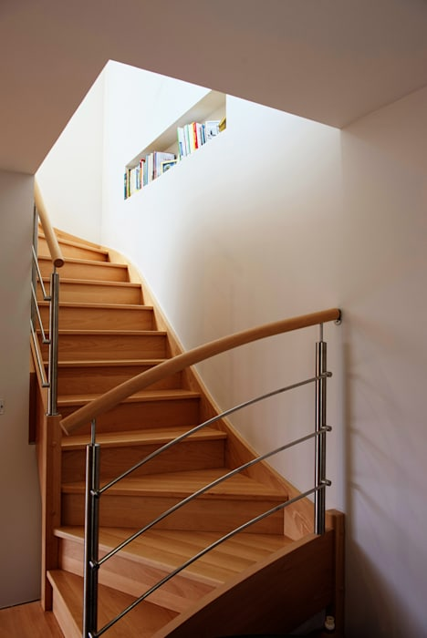 Modern Corridor, Hallway and Staircase by AMNIOS Modern