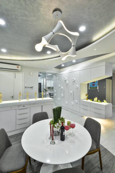 Modern dining room by Design Spirits Modern