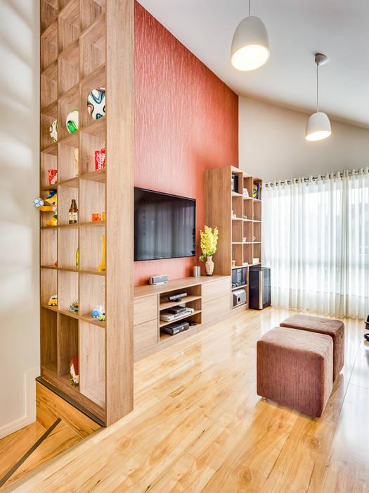 Salas de entretenimiento de estilo  por Juliana Lahóz Arquitetura,