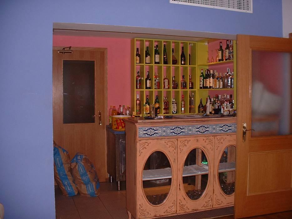 Restaurante Clube Casa Do Castelo,balcão: Espaços de restauração  por Atelier  Ana Leonor Rocha