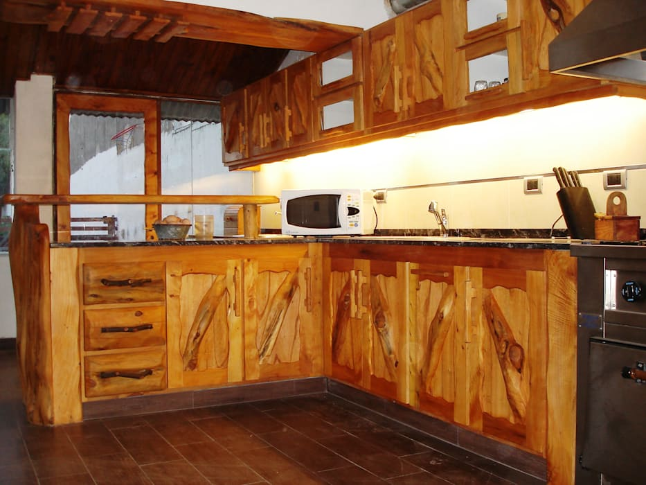 Cocina rustica: cocinas de estilo por enrique ramirez muebles ...