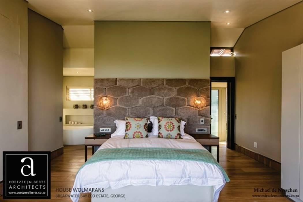 Bedroom by Coetzee Alberts Architects, Modern