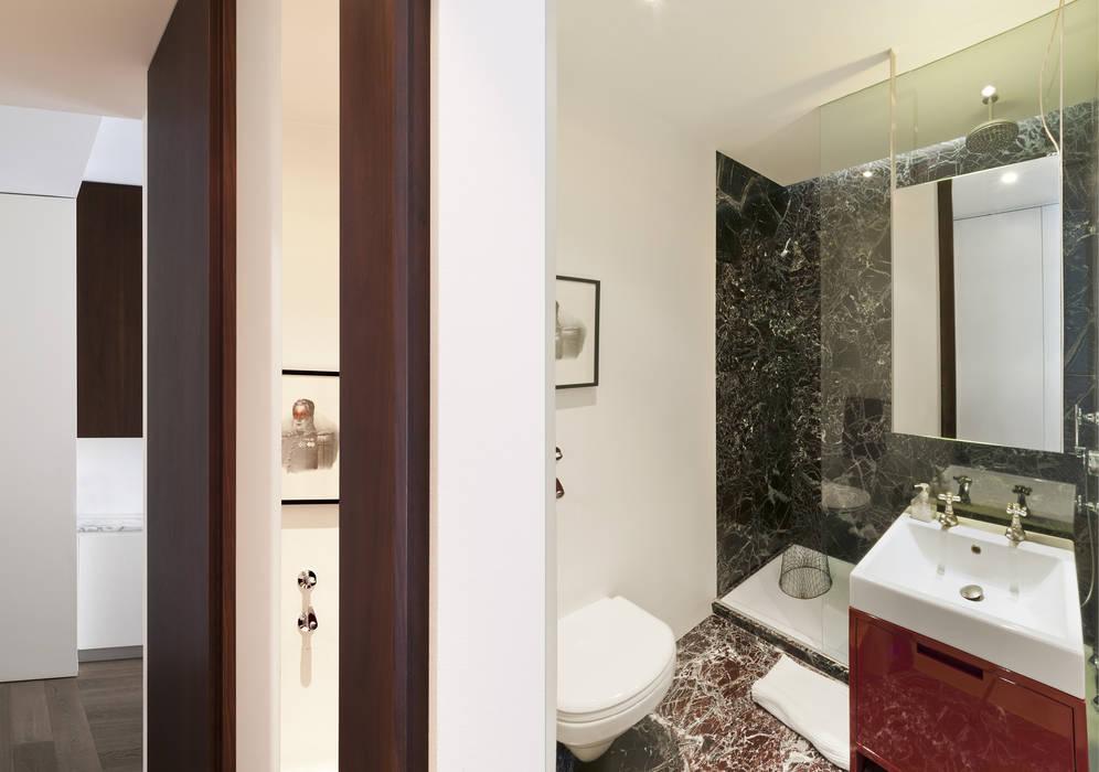 Bathroom by Fabio Azzolina Architetto, Modern