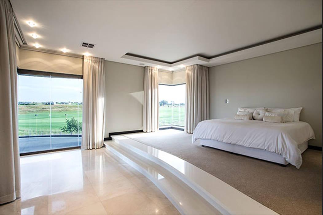 Dormitorios de estilo  de FRANCOIS MARAIS ARCHITECTS, Moderno