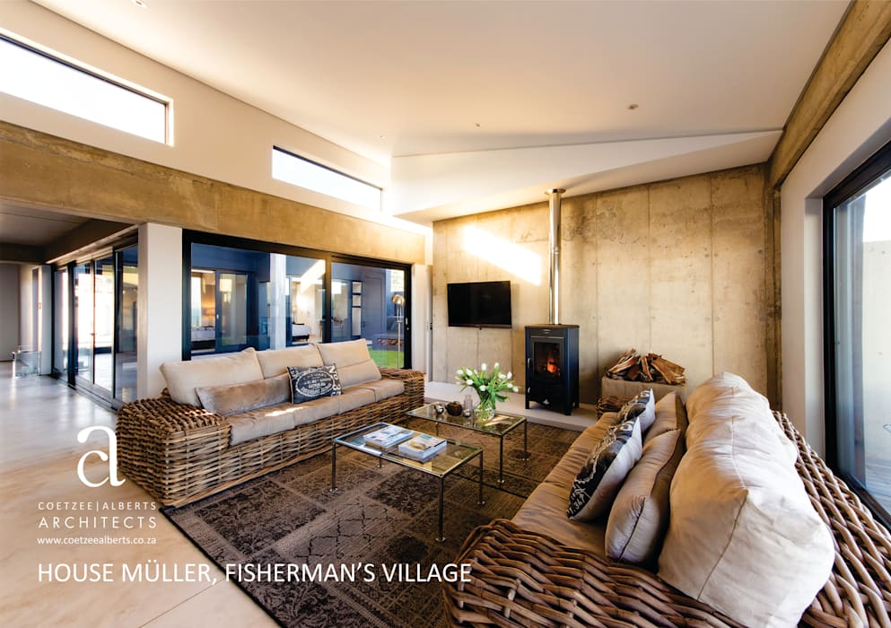 Modern living room by Coetzee Alberts Architects Modern