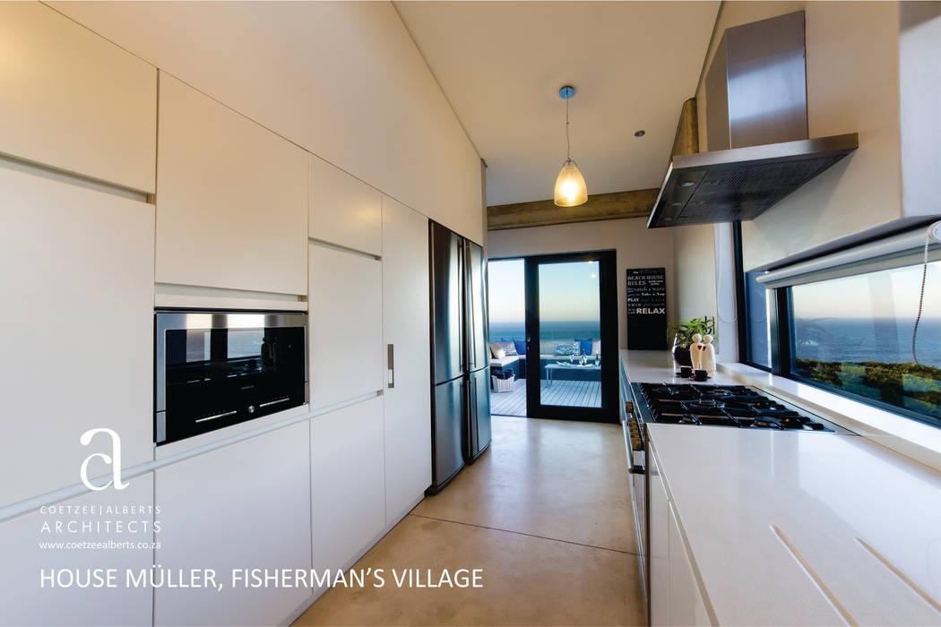 Cocinas de estilo moderno de Coetzee Alberts Architects Moderno