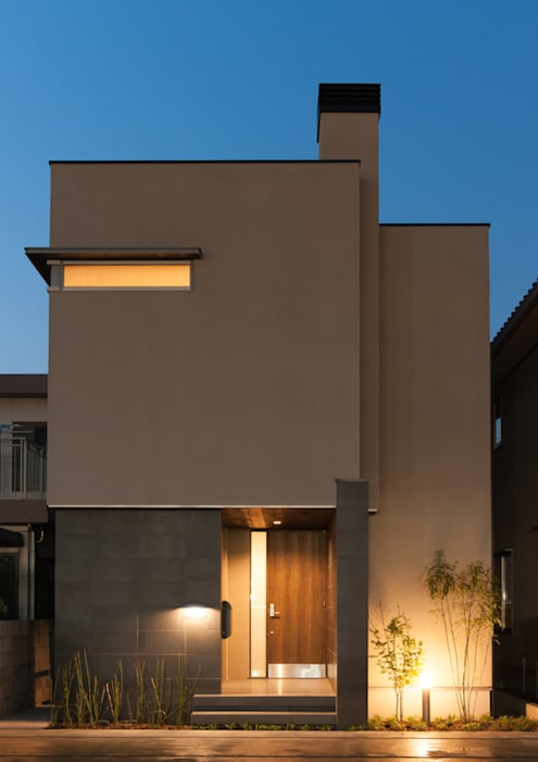 Modern Houses by アークス建築デザイン事務所 Modern Tiles
