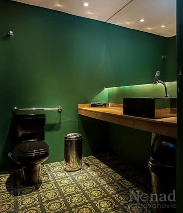 Riskalla & Mueller Arquitetura e Interiores Bars & clubs Solid Wood Green