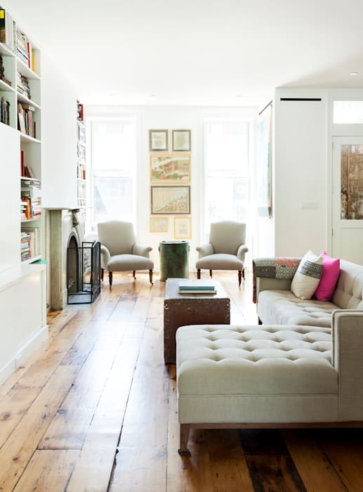 Brooklyn Brownstone: modern Living room by Lorraine Bonaventura Architect