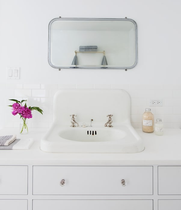 Brooklyn Brownstone Modern Bathroom by Lorraine Bonaventura Architect Modern Marble