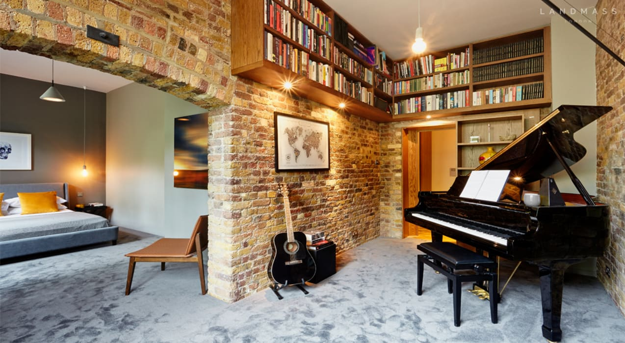 STUDY:  Study/office by Landmass London,