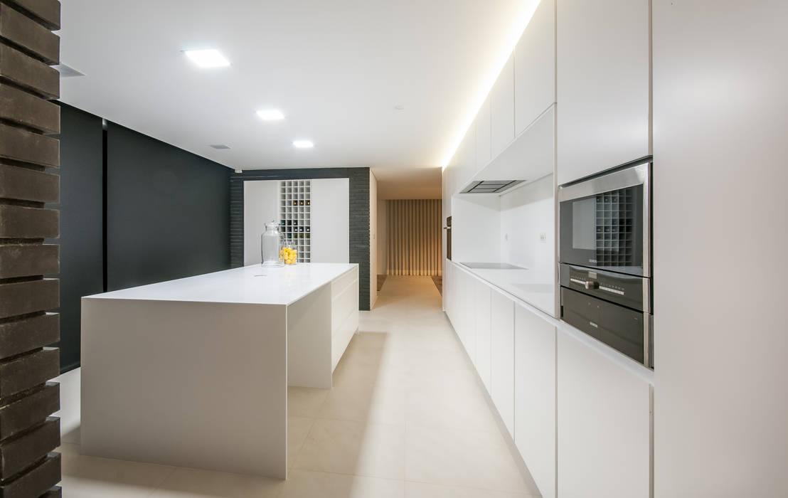 Moderne keukens van ARTEQUITECTOS Modern