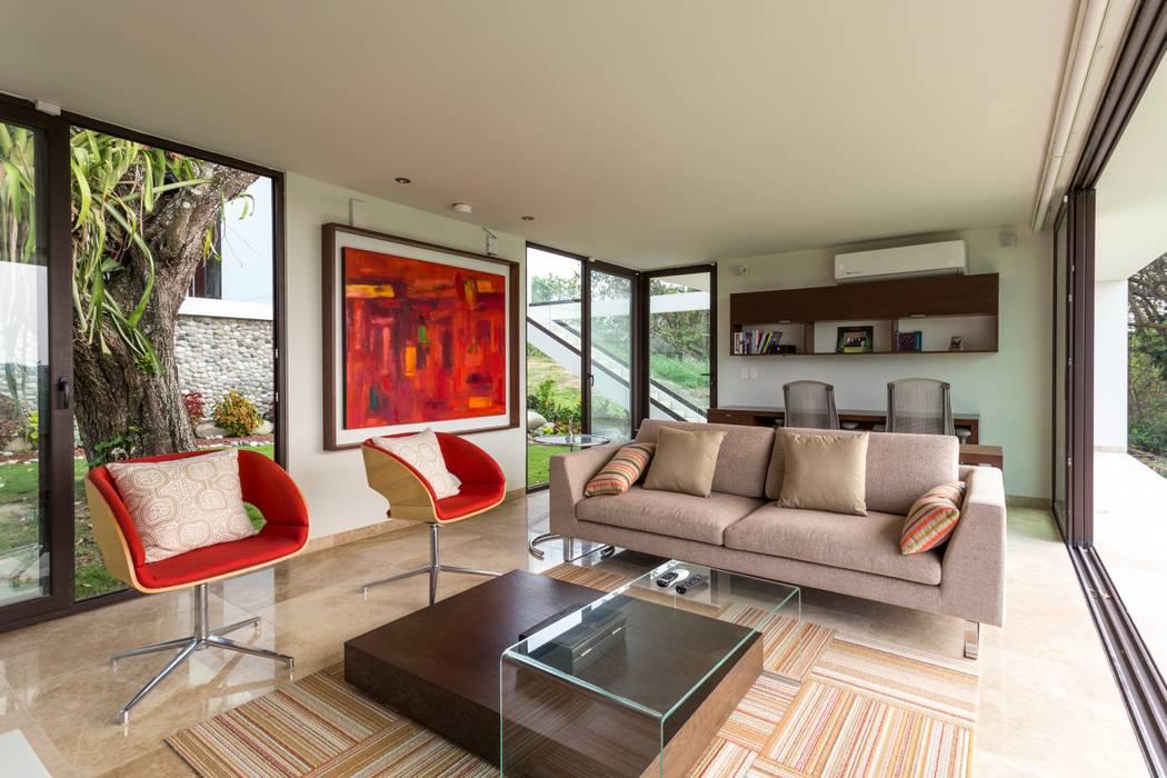 Estudio Yucatan Green Design Oficinas de estilo minimalista