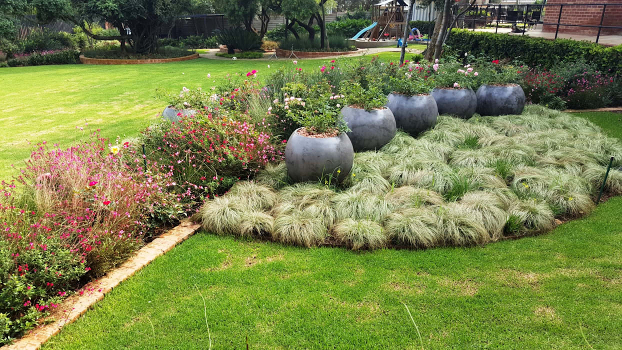 Taman oleh Gorgeous Gardens, Modern