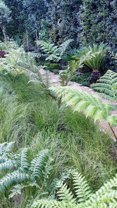 Rietfontein Mediterranean style garden by Gorgeous Gardens Mediterranean
