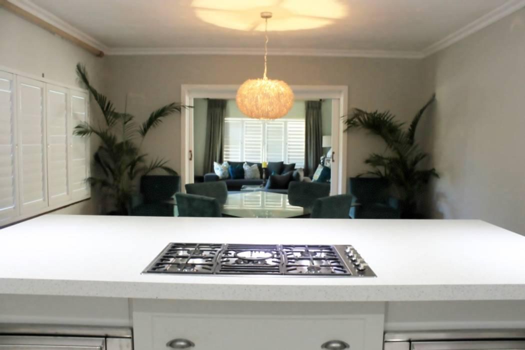 Cozinhas clássicas por Margaret Berichon Design Clássico MDF