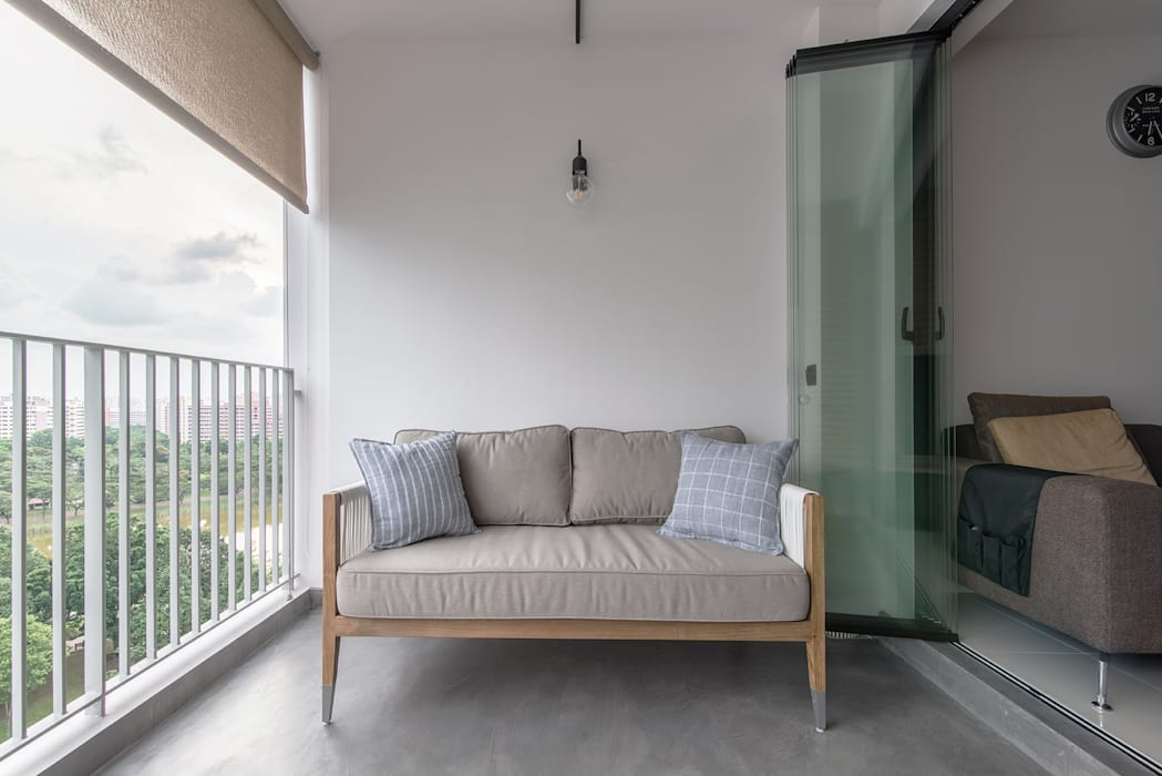 PARKLAND RESIDENCES:  Terrace by Eightytwo Pte Ltd,